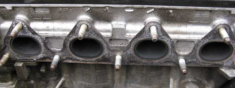 Click image for larger version  Name:92 VX Exhaust ports-m.jpg Views:110 Size:63.2 KB ID:1053