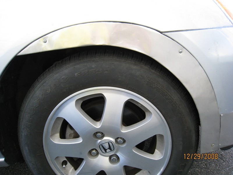 Click image for larger version  Name:front wheel skirt.jpg Views:132 Size:81.0 KB ID:1300