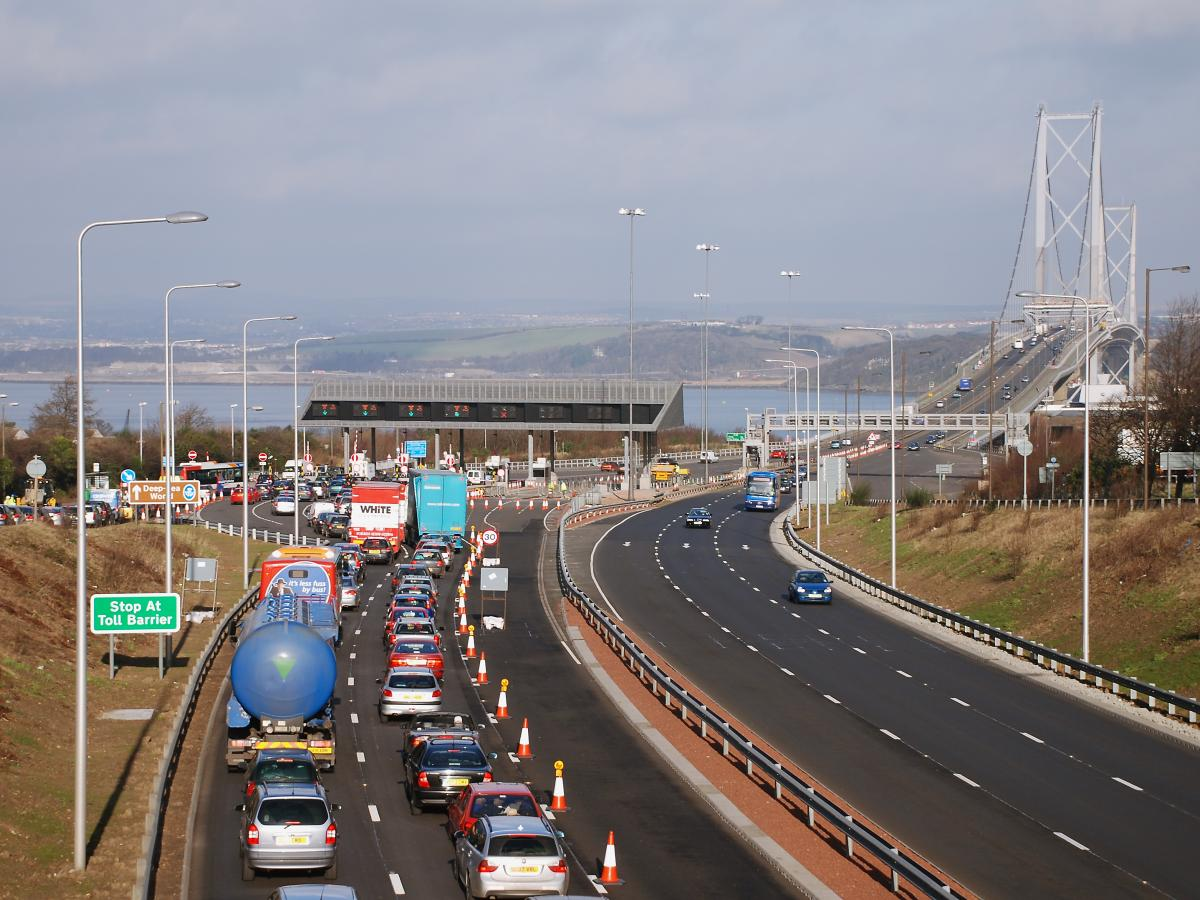 Click image for larger version  Name:Forth Road Bridge last of tolls 9-2-08.jpg Views:16 Size:153.2 KB ID:2407