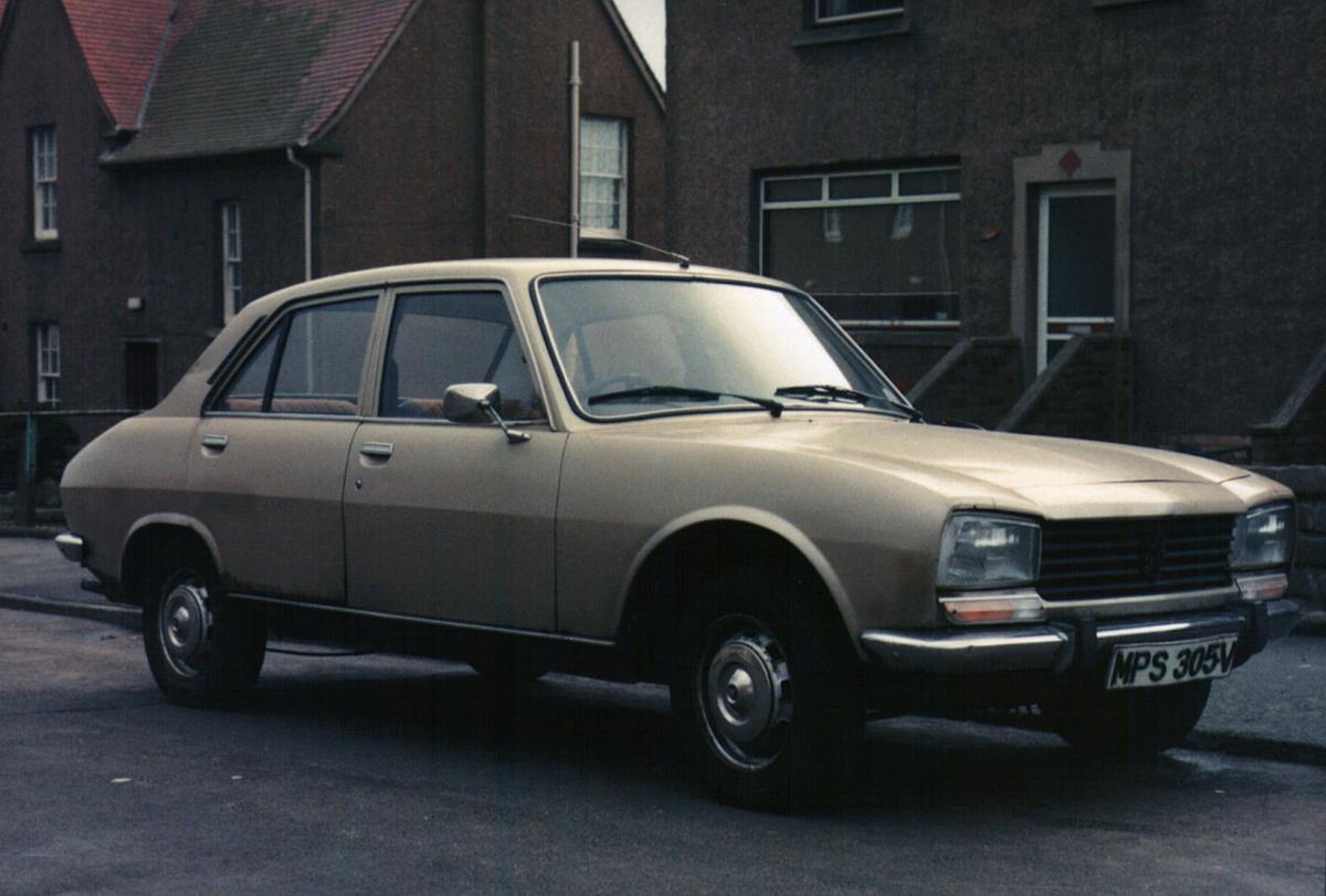 Click image for larger version  Name:Peugeot 504 GL MPS305V.jpg Views:37 Size:96.4 KB ID:2412