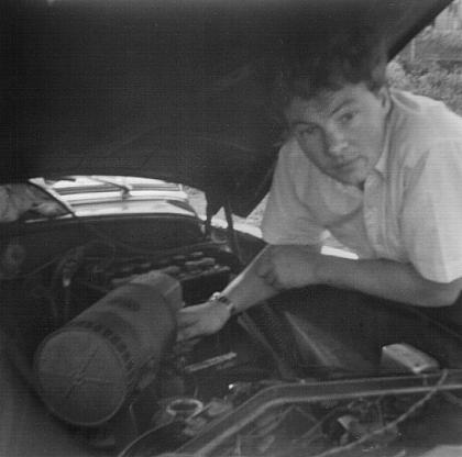 Click image for larger version  Name:John working on Wyvern 4.6.67.jpg Views:29 Size:134.2 KB ID:2500