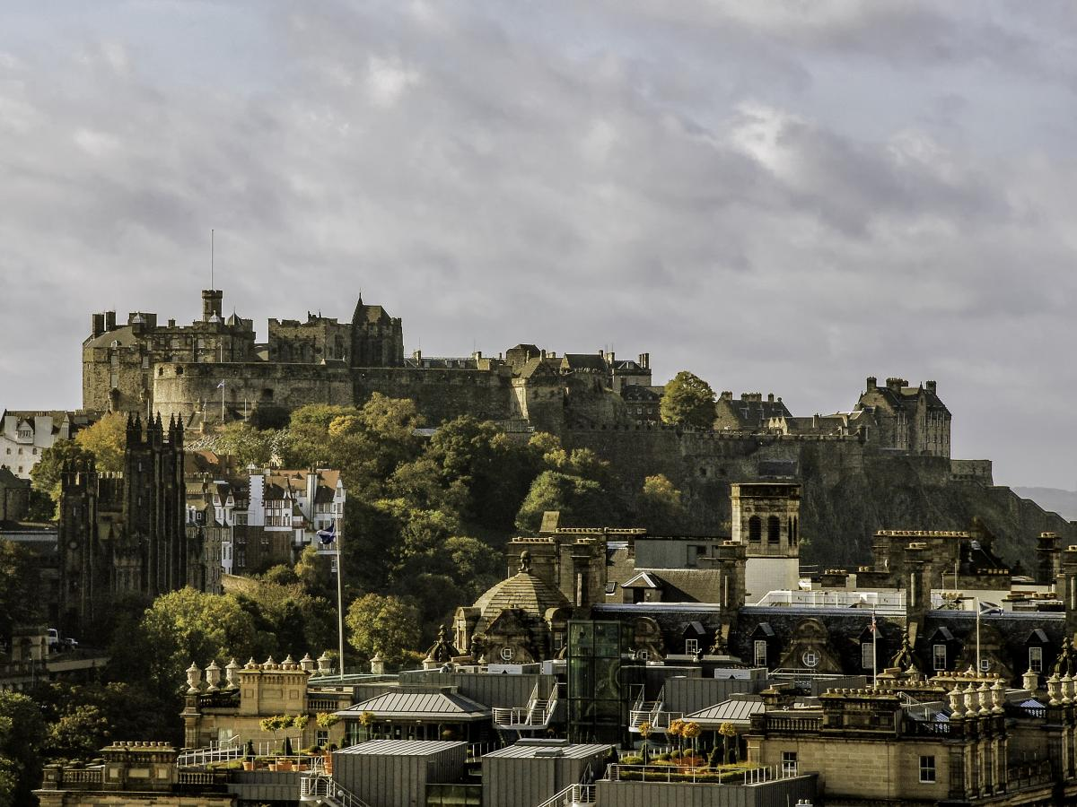 Click image for larger version  Name:Castle from Edinburghs Calton Hill 11-10-08.jpg Views:1 Size:166.7 KB ID:2520