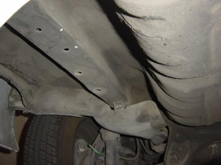 Click image for larger version  Name:underbody_rearwheel.jpg Views:148 Size:18.0 KB ID:730